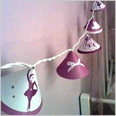 guirlande lumineuse danseuse lili pouce boutique d co chambre b b enfants et cadeaux. Black Bedroom Furniture Sets. Home Design Ideas