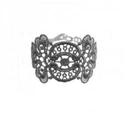 bracelet_en_dentelle_motif_mistinguette-5