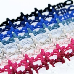 bracelet_en_dentelle_motif_star_avec_swarovski_elements-1