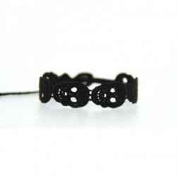 bracelet_en_dentelle_motif_tête_de_mort-1