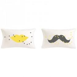 coussin_moustache_gris_étoiles_jaunes_11