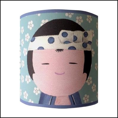 Applique kokeshi tête de garçon bleu