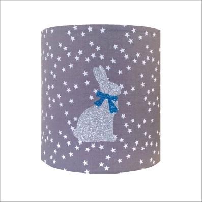 Applique lapin argent noeud bleu fond etoilé