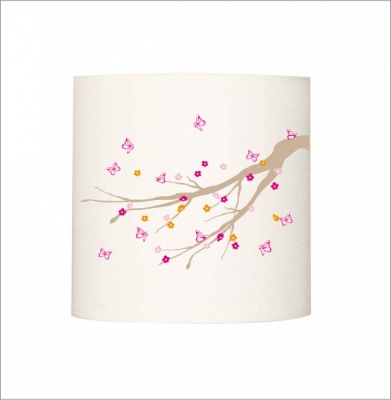Applique lumineuse branche papillons roses