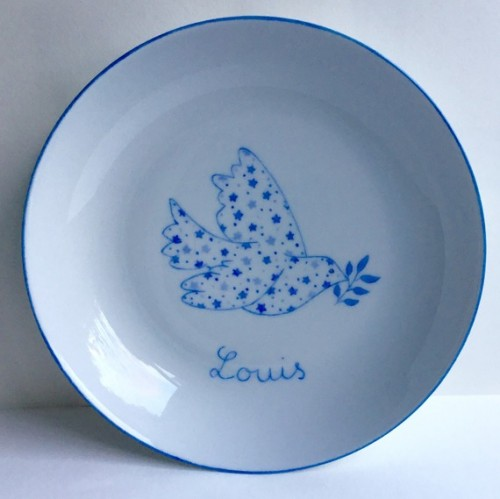 Assiette de baptême Colombe et étoiles bleue personnalisable