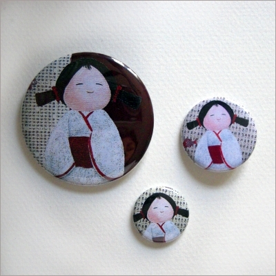 Badges assortis  kokeshi fille 1