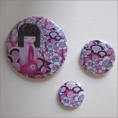 Badges assortis  kokeshi fille 6