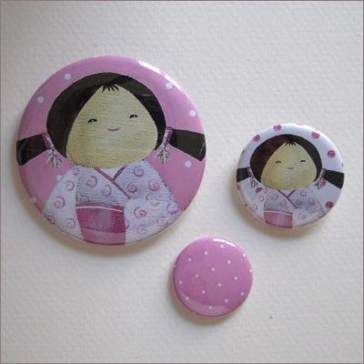 Badges assortis  kokeshi fille 7