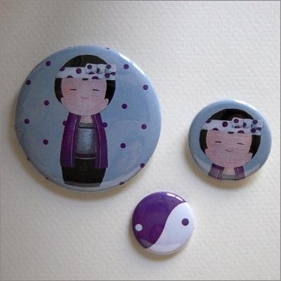 Badges assortis  kokeshi garçon 1