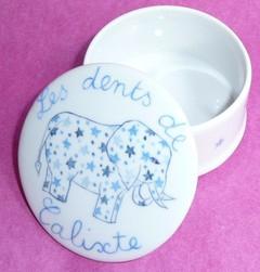Boîte à dents éléphant personnalisable