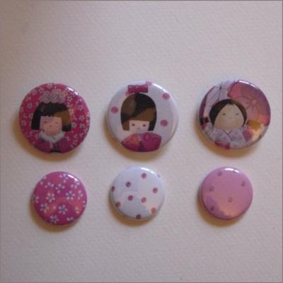 Collection de 6 badges assortis kokeshi fille 2