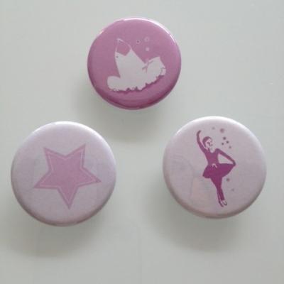 Collection de badges danseuse