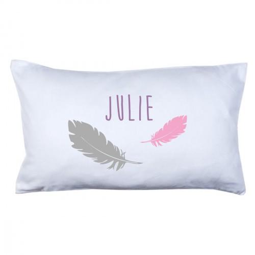 lili pouce coussin enfants coussin pr nom plumes rose et grise. Black Bedroom Furniture Sets. Home Design Ideas