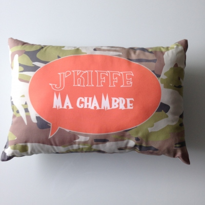 Coussin camouflage J'Kiffe ma chambre