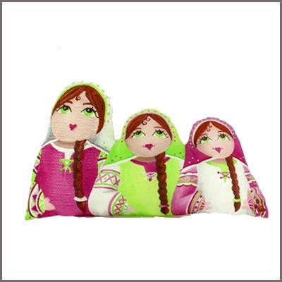 Coussin forme poupées russes