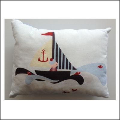coussin matelot lili pouce boutique d co chambre b b enfants et cadeaux personnalis s. Black Bedroom Furniture Sets. Home Design Ideas