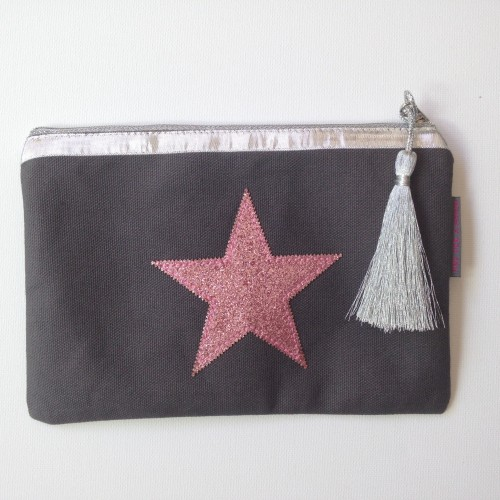 Pochette taupe étoile rose personnalisable