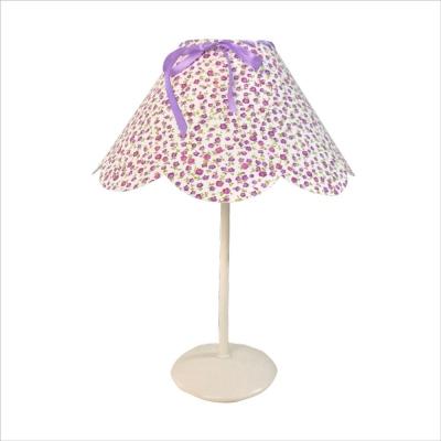 Lampe à poser abat jour festonné liberty fleurs violettes
