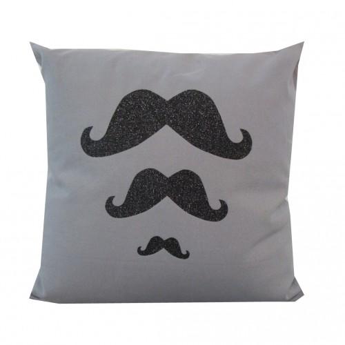 Coussin moustaches