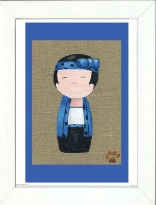 Tableau enfant encadré kokeshi garçon bleu