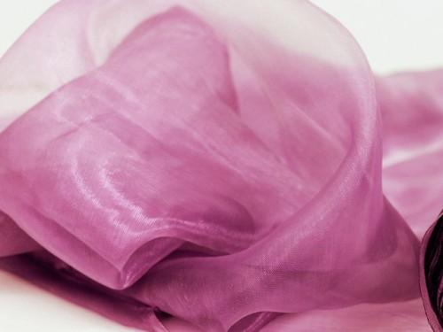 Ciel de lit en organza rose