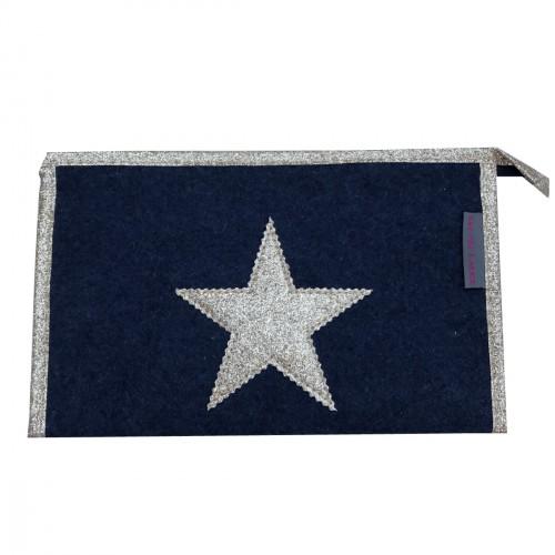 Pochette en feutrine bleu marine étoile dorée personnalisable