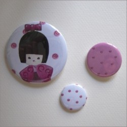 Badges assortis  kokeshi fille 4