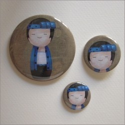 Badges assortis  kokeshi garçon 2