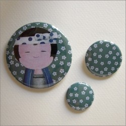 Badges assortis  kokeshi garçon 4