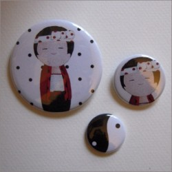 Badges assortis  kokeshi garçon 5