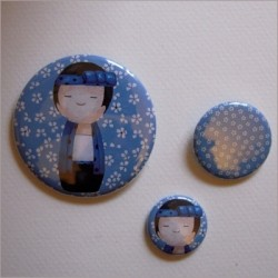 Badges assortis  kokeshi garçon 7