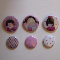 Collection de 6 badges assortis kokeshi fille 3