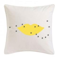 Coussin bouche jaune étoiles grises