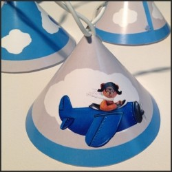 Guirlande lumineuse ours en avion bleu