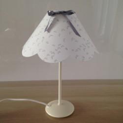 Lampe à poser blanche libellules argentées