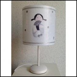 Lampe à poser kokeshi blanche à l'éventail