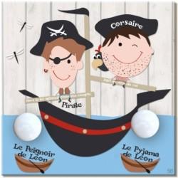 Porte manteau personnalisable Pirate carré