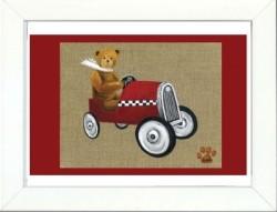 Tableau enfant encadré ours en voiture rouge au damier