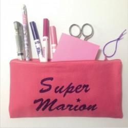 Trousse maîtresse personnalisable rose Super Marion
