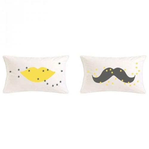 Coussins moustaches et bouches